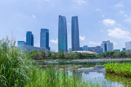 Chengdu Jiaozi Park Lake View and Financial City Architecture Banco de Imagens - 151081528