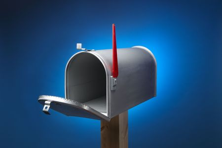Rural metal mail box opened and sitting on wood post Stock Photo - 5312123