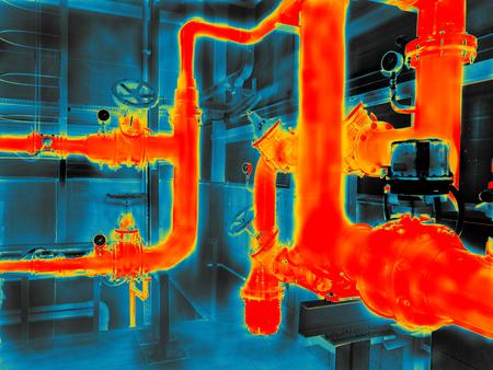 Thermogrammbildgebung des Engineering Systems. Bunt