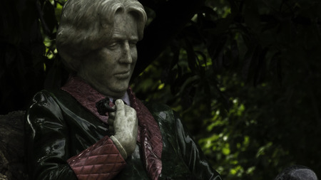 subversive: Oscar Wilde statue in Dublin