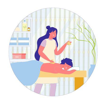 Massage thaïlandais relaxant avec dessin animé de sacs à base de plantes chaudes. Le spécialiste du salon de spa tient les sacs dans les mains et les remet sur les clients. Derrière le canapé il y a une étagère avec des produits cosmétiques et de santé. Vecteurs