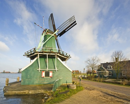 zaan: An old Dutch windmill, used to grind mustard seeds at the tourist attraction