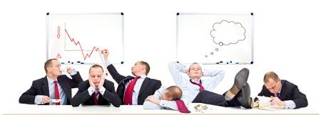 going down: Una representaci�n conceptual de una sala de juntas en un d�a lento, con las empresas de bajar debido a la recesi�n econ�mica, recesi�n y crisis financiera