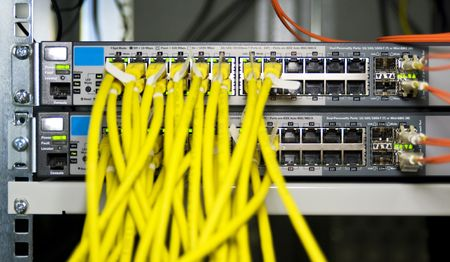 configuration: Server configuration connecting webservers to the internet