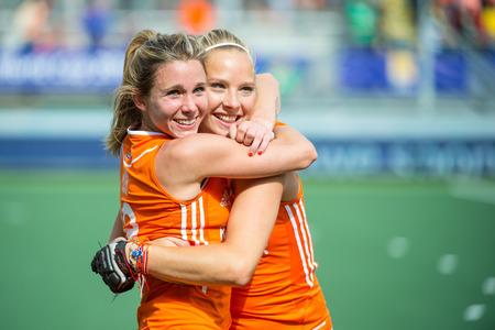THE HAGUE, NETHERLANDS - JUNE 14: Ellen Hoog hugs Jacky Schoenaker, celebrating their victory over Australia (2-0), and becoming world champions