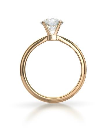 anillo de compromiso: Anillo de diamante aislado en el fondo blanco