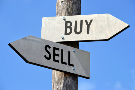sell: Buy and sell signpost