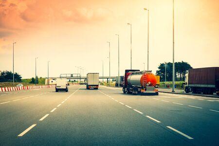 Traffic on a highway Stockfoto - 146409078