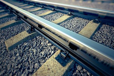 Nahaufnahme von leeren geraden Bahnstrecke. Perspektive zu betrachten. Standard-Bild - 19612776