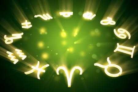 Alle Sternzeichen Horoskopie Zeichen in einem Kreis auf grünem Hintergrund Standard-Bild - 19612461
