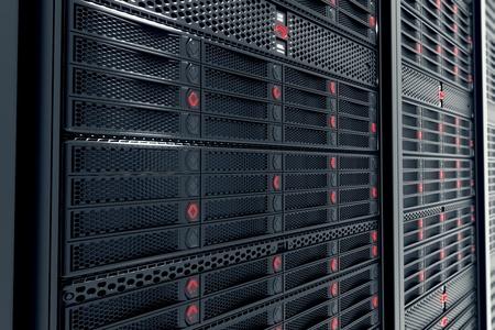 Close-up op data servers tijdens het werk. Rode LED-lampjes knipperen. Afbeelding kan cloud computing, opslag, etc. vertegenwoordigen of kan de perfecte technische achtergrond zijn.