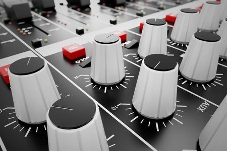 조정기 및 믹싱 콘솔의 빨간 버튼에 근접 촬영. 이는 원하는 출력을 얻기 위해 오디오 신호의 수정을 위해 사용된다. 녹음 스튜디오, 방송, 텔레비