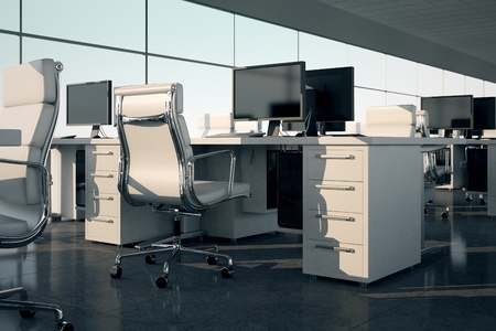 Zijaanzicht van een kantoor sets Witte fauteuils en bureaus met een monitoren op de top Illustreert de inrichting en inrichting van een modern kantoorinterieur, comfortabele zakelijke ruimte en professionaliteit Stockfoto