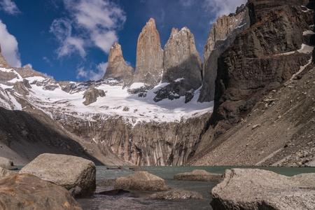 pain�: Torres del Paine National Park cileno con lago