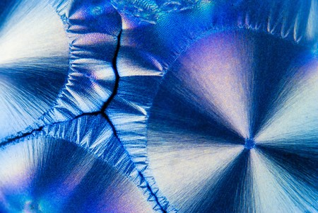 gleaming: Microcrystals of ascorbic acid in polarized light Stock Photo