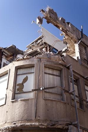 ball lump: Demolishing building in Kiel, Germany