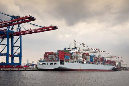 containership: Port of Hamburg
