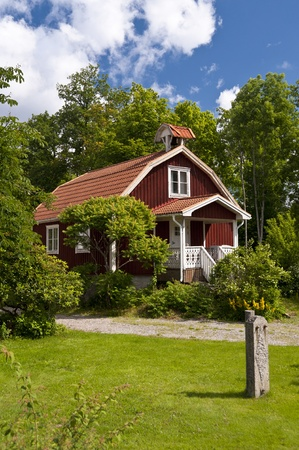 residential idyll: Timber House in southern Sweden