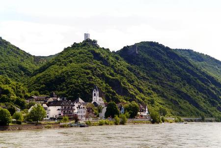 rheintal: Burgen Sterrenberg und Liebenstein am Rhein