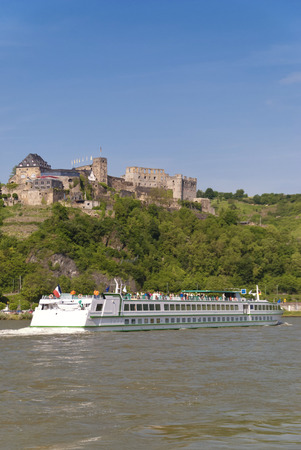 rhine: Castle Rheinfels at the Rhine Stock Photo