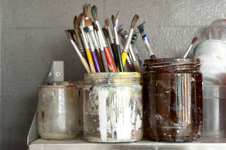 art lessons: Lots of used Paintbrushes