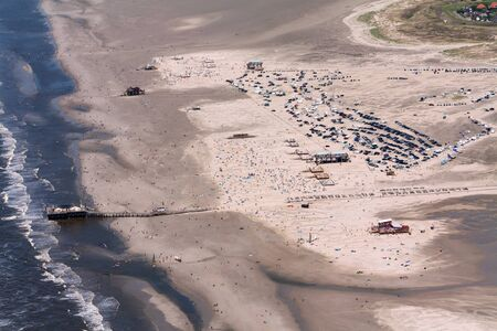St. Peter-Ording, Aerial Photo of the Schleswig-Holstein Wadden Sea National Park in Germany Imagens - 124890931