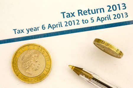 tax return: tax return 2013 form and money
