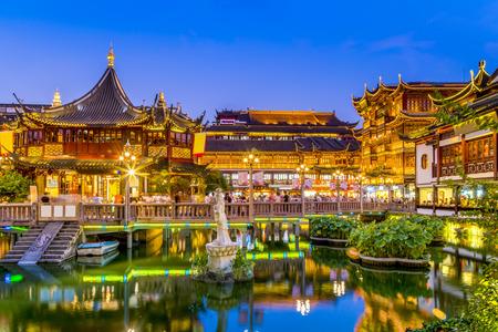 Shanghai temple night scene