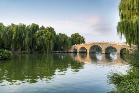 Jinan Daming Lake Park scenery