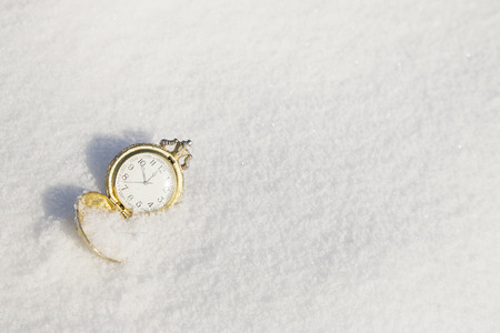 12 hour: Watch lying in the snow before the new year. For Christmas, New year holidays