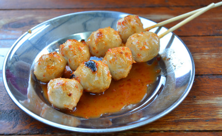 dish disk: grilled meatballs and sauce spicy