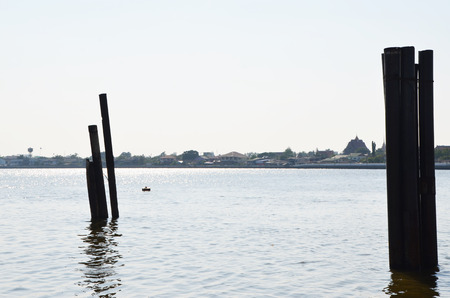 phraya: paisaje de monta�a borde r�o Chao Phraya