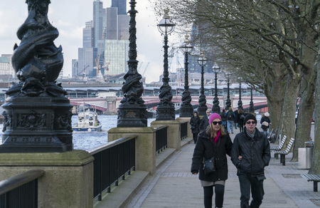 southbank: The Queens Walk at South Bank of River Thames London LONDON, ENGLAND - FEBRUARY 22, 2016