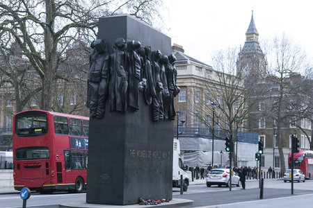 ii: The Women of World War II Memorial at Whitehall LONDON, ENGLAND - FEBRUARY 22, 2016 Editorial
