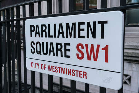 parliament square: Street sign Parliament Square LONDON, ENGLAND - FEBRUARY 22, 2016