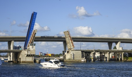 sawgrass: Open Bridge at Miami Bayside