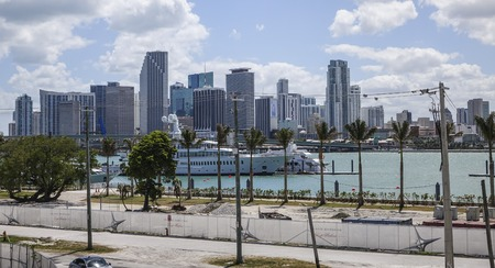 sawgrass: The skyline of Miami downtown on a sunny day