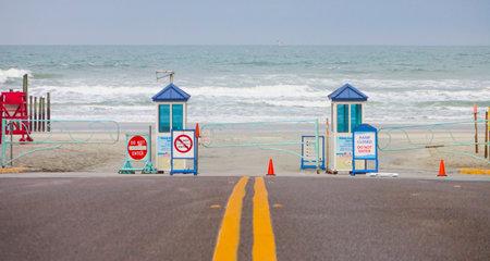 april 15: Street to Daytona Beach Florida- DAYTONA, FLORIDA - APRIL 15, 2016