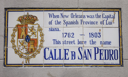 french quarter: Calle San Petro - St Peter Street at French Quarter Editorial