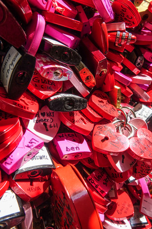 juliets: Locks attachted to the wall of Juliets house in Verona as a proof of love
