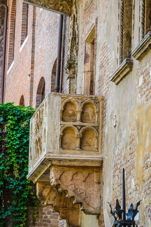 romeo juliet: The famous balcony of Juliet in Verona from Romeo and Juliet