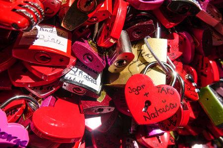 juliets: Love Locks at Juliets house in Verona - Casa di Giulietta Editorial