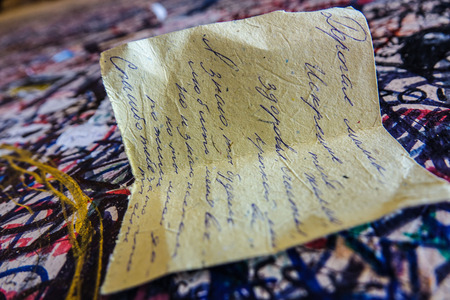 romeo juliet: Love letters on the wall at Juliets house in Verona - Romeo and Juliet Editorial