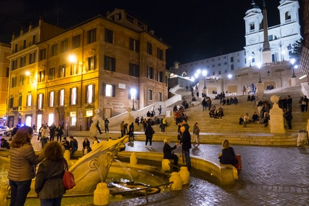 spanish steps: The Spanish Sqaure Piazza di Spagna and the Spanish Steps in Rome - ROME, ITALY - NOVEMBER 5, 2016