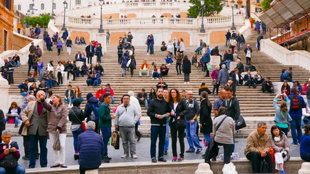spanish steps: ROME  ITALY - NOVEMBER 6, 2016 - Famous Spanish Steps in Rome at Spagna Square