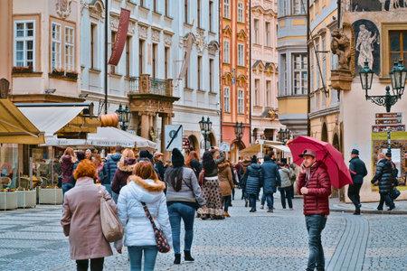 Wonderful Old Town Square in Prague - PRAGUE / CZECH REPUBLIC - MARCH 20, 2017 新聞圖片