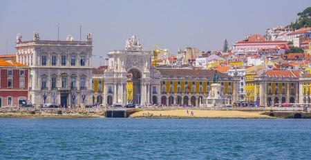 tagus: Famous Comercio Square in Lisbon - LISBON - PORTUGAL