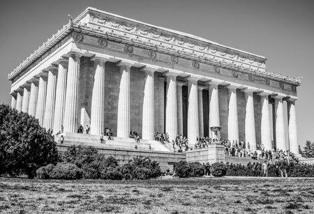 abraham: Abraham Lincoln Memorial in Washington DC - WASHINGTON DC  COLUMBIA - APRIL 7, 2017