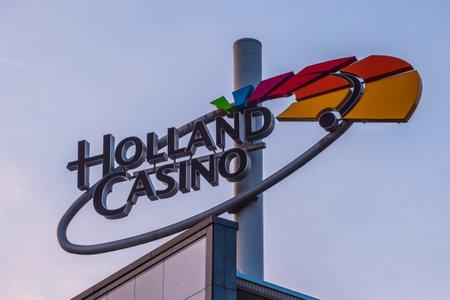 Holland Casino a Leidse Square ad Amsterdam - AMSTERDAM - PAESI BASSI 2017 Archivio Fotografico - 85150159