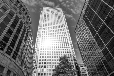 One Canada Skyscraper at Canary Wharf - LONDON / GREAT BRITAIN - SEPTEMBER 19, 2016